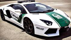 Polizia e supercar. La vita si prospetta dura per i trasgressori di #Dubai: ecco la #Lamborghini Aventador della polizia locale. http://giornalemotori.it/72574/se-la-polizia-mette-il-turbo/