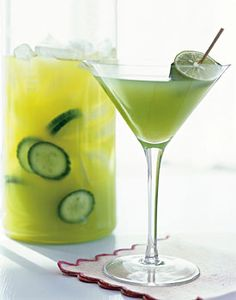 If I had a food processor, I'd be making cucumber gimlets every weekend! Cucumber Gimlet, Gin Gimlet, Cucumber Cocktail, Cucumber Juice, Non Alcoholic, Four, Refreshing Cocktails, Cocktail Drinks, Summer Cocktails
