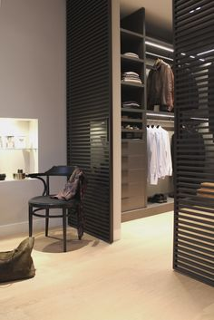 Walk In Closet Design, Wardrobe Design Bedroom, Closet Designs, Closet Bedroom, Shoe Closet, Modern Luxury Bedroom, Luxurious Bedrooms, Modern Closet, Dressing Room Design