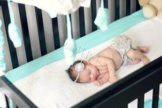 Newborn lifestyle photo by: Rachel Mallett Photography