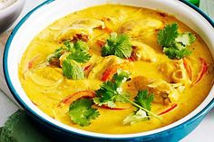 There's no wonder classic mango chicken curry is an Aussie family favourite. There's no wonder classic mango chicken curry is an Aussie family favourite. Mango Chicken Curry, Mango Curry, Indian Food Recipes, Asian Recipes, Ethnic Recipes, Best Curry, Indian Chicken, Coconut Curry, Coconut Milk