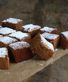 Gluten Free Apple Gingerbread Snack Cake | Gluten-Free on a ShoestringGluten-Free on a Shoestring