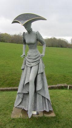 As esculturas teatralmente enigmáticas de Philip Jackson …