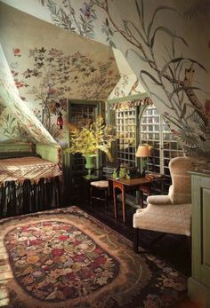 . With a solid color or two-color rug the focus would be the magical garden your walls express.