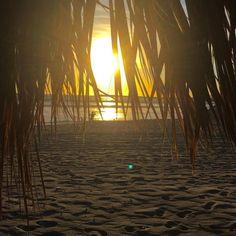 No hay nada más #relajante que #disfrutar de un #atardecer en la #playa #Ensenada #MiAlmaGemela #Baja #Mexico  Aventura por karmichameleon