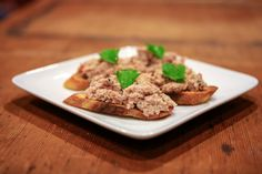After a long day of upland hunting with your favorite retriever, this is a great way to make a pheasant pâté appetizer!