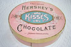 umla:    Vintage Hershey's Chocolate box by ellabellasmommy2004 on Flickr.