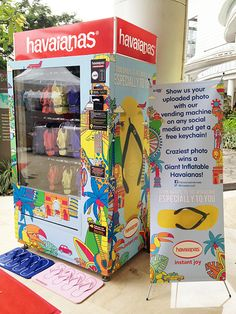 Havaianas Vending Machine in Central Park Mall, Jakarta This needs to be in Vegas!! They would make a fortune!!