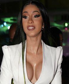 Viral-Media - Unabhängiges Magazin Cardi B, Rapper, Hip Hop, Star Wars, People, Neckline, La Mode, Pink Dress, Boss Lady