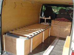 15 meilleures images du tableau lit peigne vans van. Black Bedroom Furniture Sets. Home Design Ideas