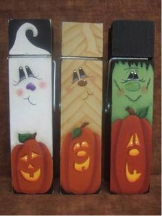 Items similar to Clothespin Trio Decorative Painting Pattern Packet Halloween on Etsy halloween tole painting Fall Crafts, Decor Crafts, Holiday Crafts, Wood Crafts, Diy Crafts, Brick Crafts, Creative Crafts, Holidays Halloween, Halloween Fun