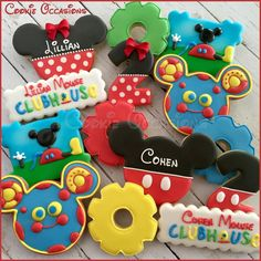 Mickey Mouse Clubhouse Birthday Cookies - Just Pin Mickey Mouse Birthday Decorations, Theme Mickey, Mickey Mouse Clubhouse Birthday Party, Mickey Mouse Parties, Mickey Party, 2nd Birthday Parties, Toodles Mickey Mouse, Birthday Ideas, Mickey Mouse Cookies