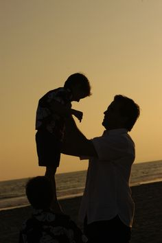 A fathers love Fathers Love, Laughter, Dads, Couple Photos, Children, Life, Couple Shots, Young Children, Boys