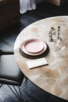Spyder von Cattelan Italia | Dining table | Pinterest