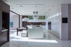 beverly-hills-Kitchen-diner