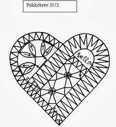 "Photo from album ""Неразобранное"" on Yandex. Bobbin Lace Patterns, Crochet Doily Patterns, Doilies Crochet, Dress Patterns, Fabric Stiffener, Bobbin Lacemaking, Russian Crochet, Lace Heart, Point Lace"