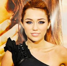 Miley Cyrus At The Last Song Premier