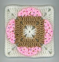 Cupcakes Square free crochet pattern
