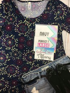 #lulalove #lularoe #lulahappy #perfecttee #linkinbio Exclusively Yours are the sweetest https://www.facebook.com/groups/LLRExclusivelyYours/