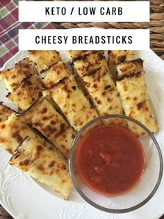 Keto / low carb / keto breadsticks / low carb breadsticks / keto recipes / keto bread / low carb bread / easy recipes / lchf #ketobreadsticks #easyappetizers #lowcarb #breadsticks
