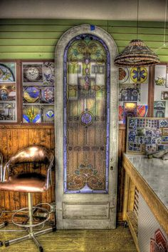 Photographed in Chillicothe, Ohio at Bernie & Max Stained Glass studio..