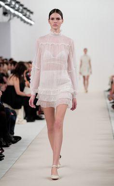 Valentino - Haute Couture Primavera-Verano 2015 - www.so-sophisticated.com