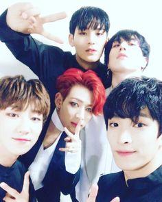 Mingyu, DK & from Seventeen and BamBam & Yugyeom from ✨ Yugyeom, Youngjae, Carat Seventeen, Mingyu Seventeen, Jaebum, Hip Hop, Jinyoung, Astro Eunwoo, Wang Jackson