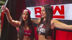 Brie Bella's desire to tackle WWE, business and motherhood all at once finally catches up to her. Nikki And Brie Bella, Episode 5, Season 4, Twins, Photos, Pictures, Gemini, Twin