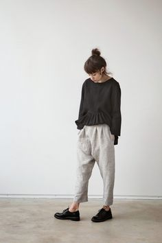 muku: muku Ladies SS 15 in: in Damen SS 15 80s Fashion, Look Fashion, Winter Fashion, Fashion Outfits, Womens Fashion, Fashion Trends, Wardrobe Basics, Capsule Wardrobe, Japanese Fashion