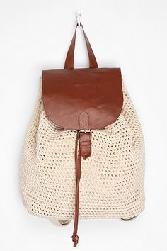 Crochet backpack DIY