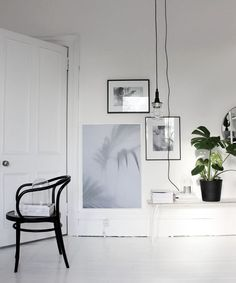 my scandinavian home: Monochrome and nude scheme in a lovely Scottish home Interior Exterior, Home Interior Design, Interior Styling, Interior Architecture, Interior Decorating, Decorating Ideas, Estilo Interior, Deco Luminaire, Turbulence Deco