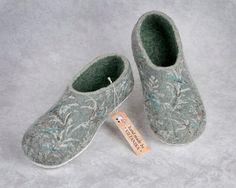Felted slippers Mint 100% wool. от VILTANIKA на Etsy
