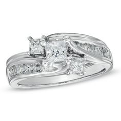 1.00 CT. T.W. Princess-Cut Diamond Three Stone Bridal Set in 14K White Gold  - Peoples Jewellers