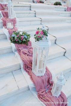 Church Wedding Decorations, Diy Party Decorations, Wedding Events, Our Wedding, Dream Wedding, Wedding Staircase, Wedding Color Combinations, Vintage Centerpieces, Small Space Interior Design