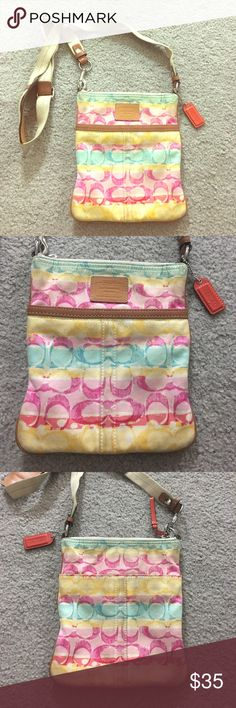 Coach crossbody small multicolor fabric leather Coach small Crossbody messenger style purse has a side pocket with adjustable straps leather trim authentication number M077141232 cute bag lightweight non-smoking home fast delivery at an excellent price get it today Coach Bags Crossbody Bags