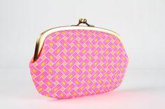 Bolsa em metal com duas seções - Citrus rose - grande siamês / Petit Pan tecido francês / Neon rosa neon laranja amarelo azul / Geométrica