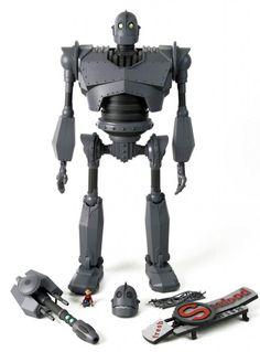 """Mondo Toys's 16-inch tall """"Iron Giant"""""""