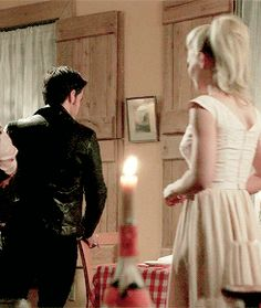 Captain Swan. Emma & Hook. Once Upon a Time. OUaT. Season 4 Episode 4