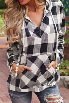 This hooded shirt is made in lightweight fabric, and designed with a checked print, a drawstring V-neck, side pockets and side slits. Pair it with skinny jeans for a casual look.
