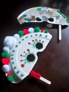 Some sure fire ways to keep the kidlets occupied during the silly season, with easy Christmas Craft ideas