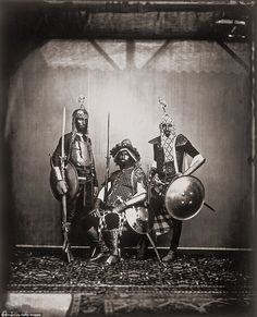 The guard of Maharajah Ram Singh III, in the Royal Palace of Jaipur, pictured in 1858 Old Pictures, Old Photos, Vintage Photos, Large Group Photos, Oromo People, Vintage India, Indian Artist, 16th Century, Original Image