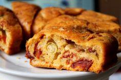 kolac naslano plneny syrom Apple Pie, Snacks, Desserts, Food, Tailgate Desserts, Apple Cobbler, Appetizers, Deserts, Eten