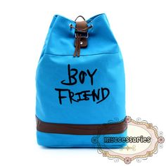 BOYFRIEND Canvas Backpack (JNS0001) Material : Canvas Height : ~45 cm Thickness :~14 cm Bottom :~30 cm