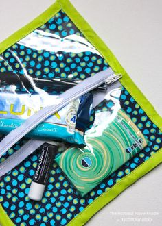 See-Through Zipper Pouches | Positively Splendid {Crafts, Sewing, Recipes and Home Decor}