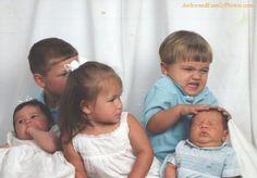 Awkward family photos. FUNNY !