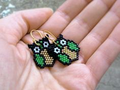 Earrings Golden Green Owls Silverlined sparkling by AmaltheaCph
