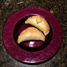 How to Make Hand Pies the Easy Way Pie Dessert, Dessert Recipes, Quick Dessert, Homemade Desserts, Delicious Desserts, Cherry Hand Pies, Fancy Dishes, Easy Peasy, Cookie Dough