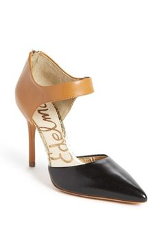 Sam Edelman 'Della' Pump available at #Nordstrom. Love these. Classy with a bit of a twist.