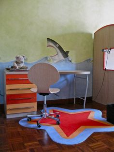 marine atmosphere - the shark children bedroom decoration idea www.toomuchlab.it