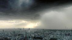 気象カメラを早送りにした大雨の迫り来る様の迫力がすごい